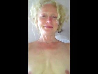 Sri Lankan Sexy Artist - Escort Enjoys a Cock Ride While Masturbating