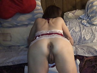 American Old slut Marie loves anal sex and anal creampies. Pushing out cum